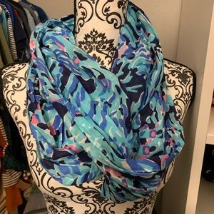 Lilly Pulitzer Blue Infinity Scarf